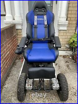 Field-master Super Heavy Duty Off Road 4 Wheel Drive Mobility Scooter Powerchair