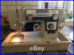 Heavy Duty Industrial Antique/ Vintage SUPER NOVUM Sewing Machine