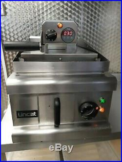 LINCAT Heavy Duty 8.6kW Clam Grill Griddle Commercial Restaurant Pub Cafe SUPER