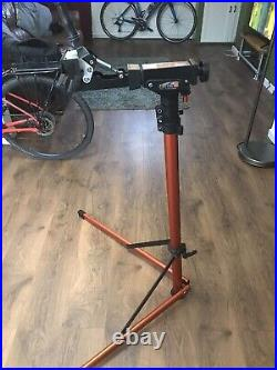Super B Ws20 Heavy Duty Cycle Repair Stand