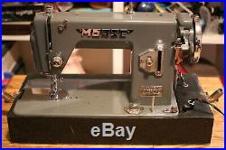 Vintage Morse Model TYT JO1003 Super Dial Heavy Duty Sewing Machine. With attach